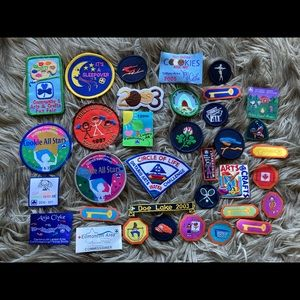 Girl Guide patches/crests all different